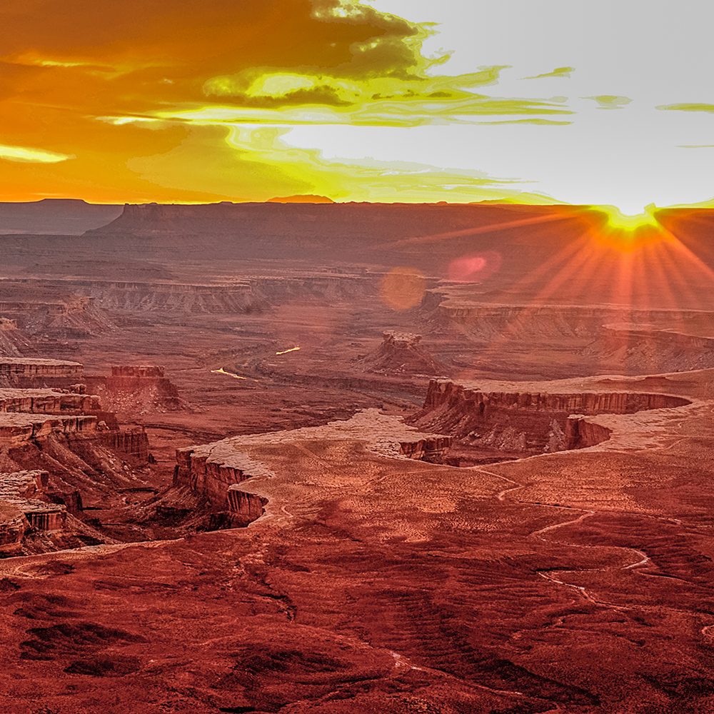 Big sunset at the Green River Overlook, Canyonlands NP, UT